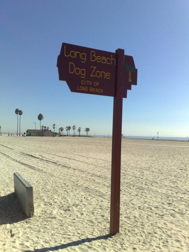 Long Beach Dog Zone Sign