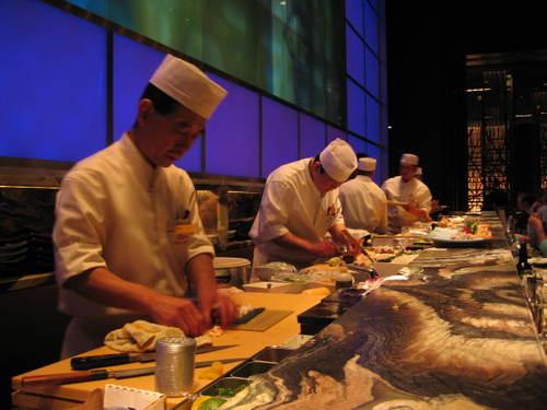 Shibuya_sushi_bar_2